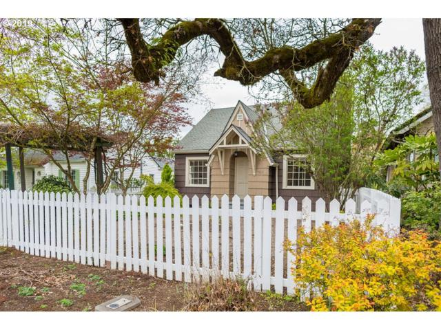 1553 E 2ND St, Newberg, OR 97132 (MLS #19457722) :: McKillion Real Estate Group