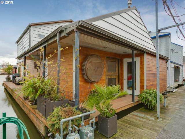 400 N Tomahawk Island Dr, Portland, OR 97217 (MLS #19461326) :: TLK Group Properties