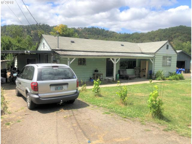 3696 Hooker Rd, Roseburg, OR 97470 (MLS #19463892) :: Matin Real Estate Group