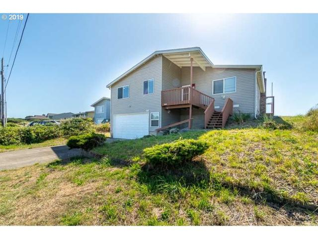 1818 NW Oceania Dr, Waldport, OR 97394 (MLS #19464235) :: Townsend Jarvis Group Real Estate