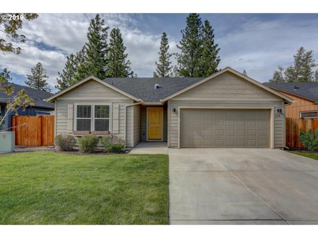 1670 W Williamson Ave, Sisters, OR 97759 (MLS #19464610) :: The Lynne Gately Team