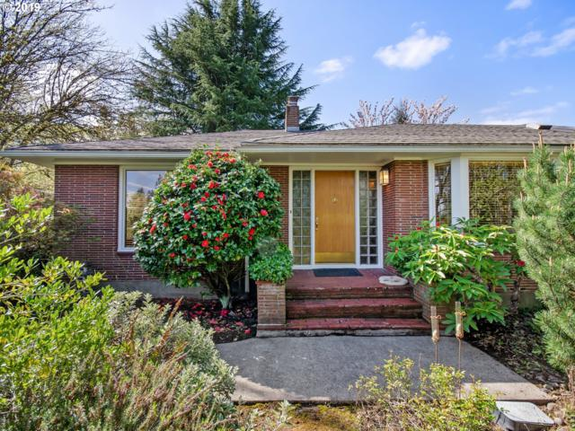 10333 SW Ridgeview Ln, Portland, OR 97219 (MLS #19466545) :: Fendon Properties Team