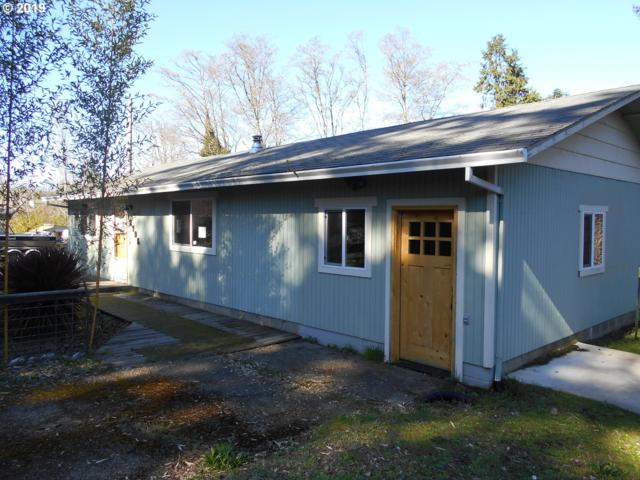 2795 A St, North Bend, OR 97459 (MLS #19466908) :: Premiere Property Group LLC