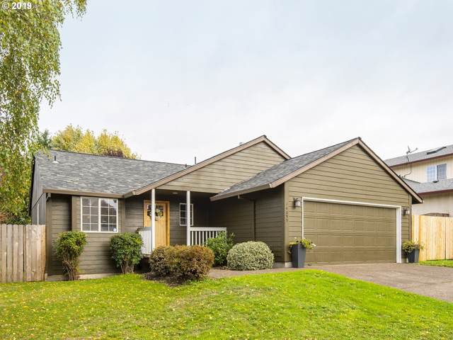 14095 Beemer Way, Oregon City, OR 97045 (MLS #19468346) :: McKillion Real Estate Group