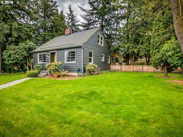 5506 NE Ainsworth St, Portland, OR 97218 (MLS #19468633) :: The Sadle Home Selling Team