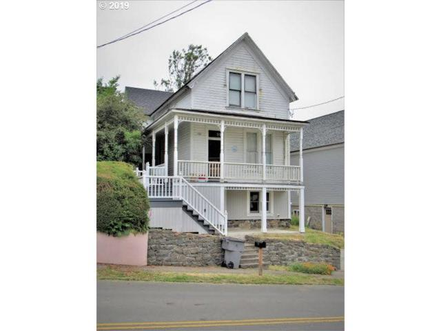 842 Irving Ave, Astoria, OR 97103 (MLS #19469898) :: The Sadle Home Selling Team