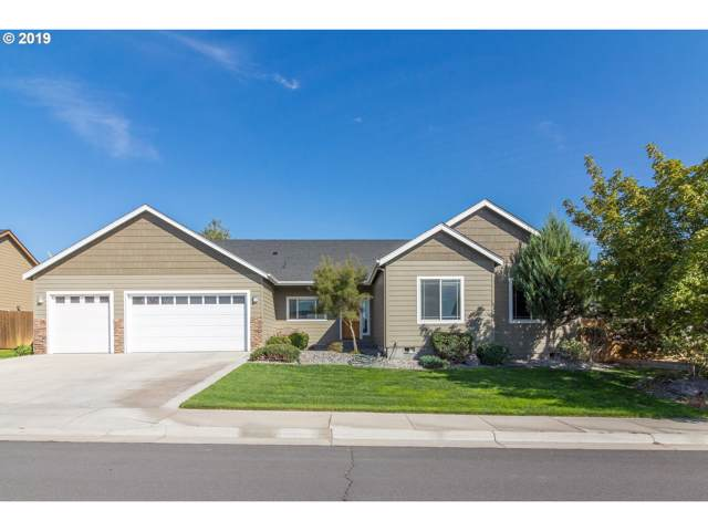 2119 NW Dawn Dr, Hermiston, OR 97838 (MLS #19473392) :: Townsend Jarvis Group Real Estate