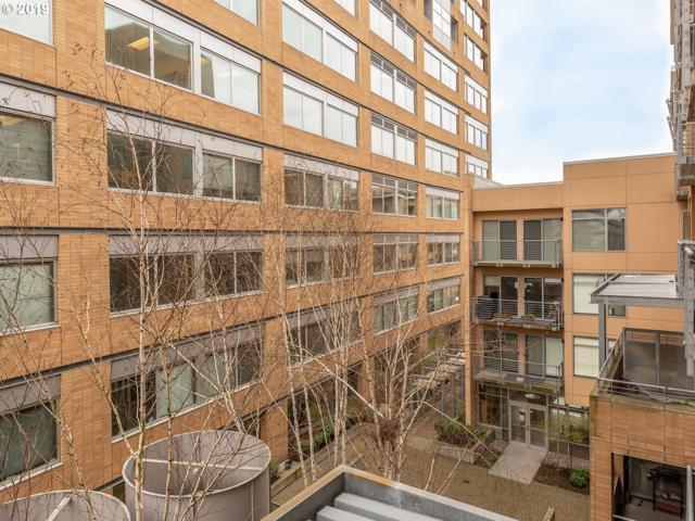701 Columbia St #413, Vancouver, WA 98660 (MLS #19474483) :: TLK Group Properties