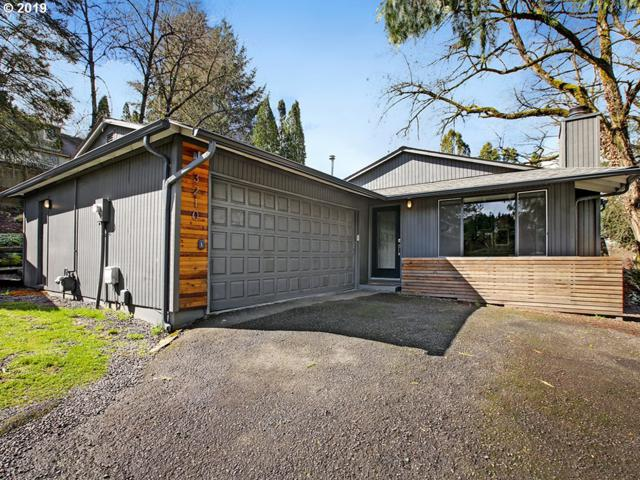 3210 SW Spring Garden St, Portland, OR 97219 (MLS #19475912) :: Cano Real Estate