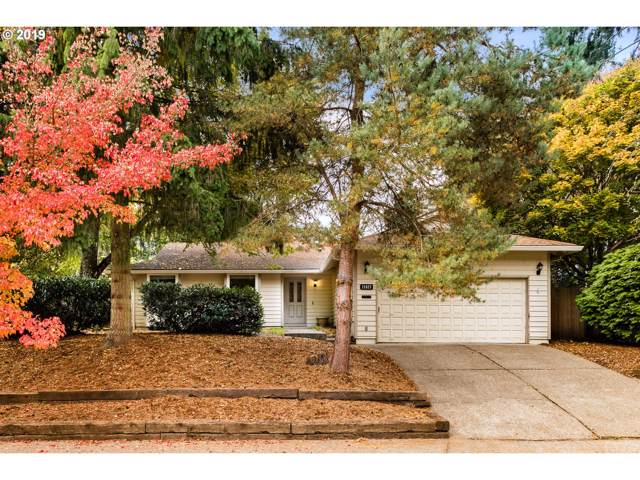 21827 SW Creek Dr, Tualatin, OR 97062 (MLS #19476029) :: Gustavo Group