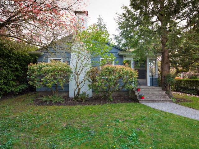 216 SE 55TH Ave, Portland, OR 97215 (MLS #19476310) :: Song Real Estate