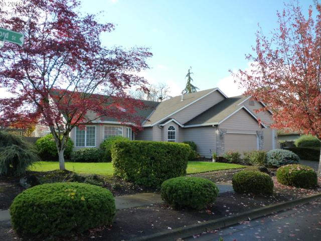 104 W Oxford St, Newberg, OR 97132 (MLS #19479256) :: Cano Real Estate
