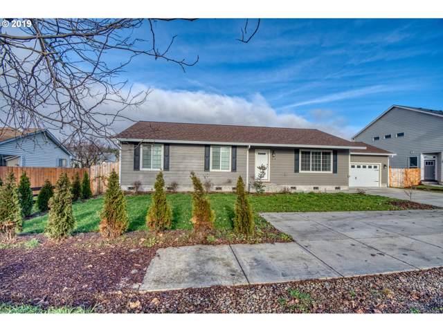 1839 Lewis River Rd, Woodland, WA 98674 (MLS #19480372) :: Fox Real Estate Group