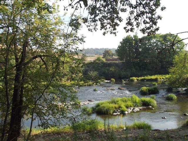0 NE Stephens St, Roseburg, OR 97470 (MLS #19480471) :: Cano Real Estate