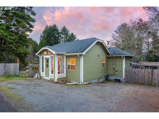 4690 NE Johns Ave, Neotsu, OR 97364 (MLS #19481083) :: Cano Real Estate