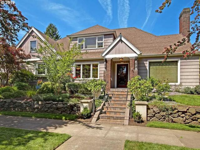 1135 NE Stanton St, Portland, OR 97212 (MLS #19481962) :: Townsend Jarvis Group Real Estate
