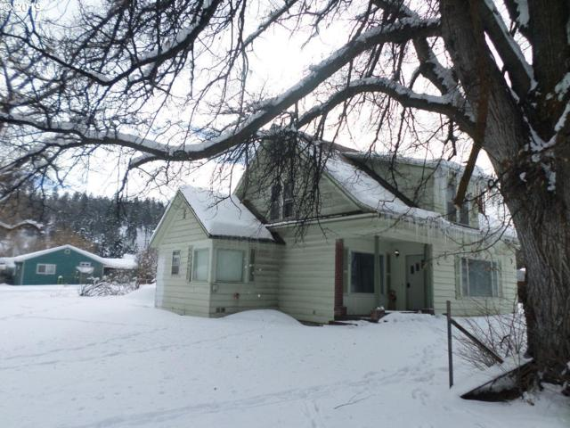 206 W First St, Wallowa, OR 97885 (MLS #19484021) :: Realty Edge