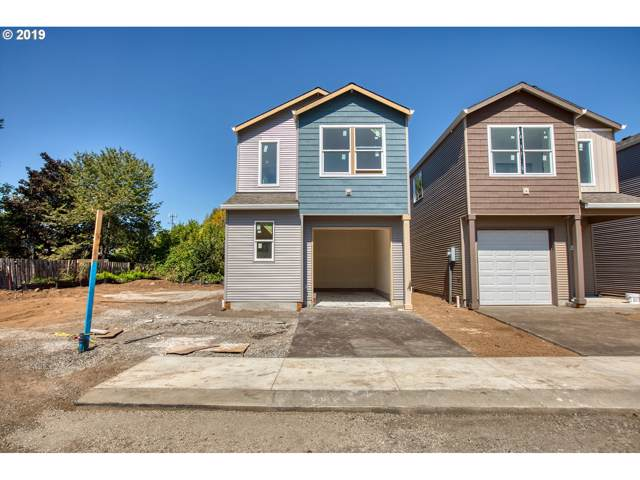 829 SE 148th Ave, Portland, OR 97233 (MLS #19485980) :: Song Real Estate