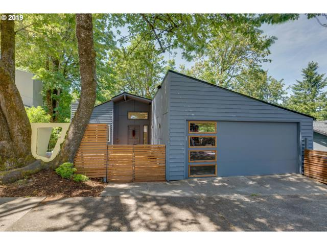 3065 SW Fairview Blvd, Portland, OR 97205 (MLS #19487963) :: Cano Real Estate