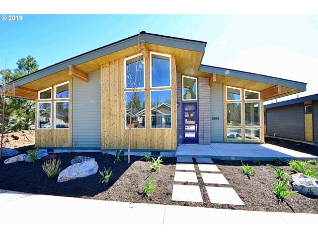 1018 N Forest Edge Dr, Sisters, OR 97759 (MLS #19490266) :: Realty Edge
