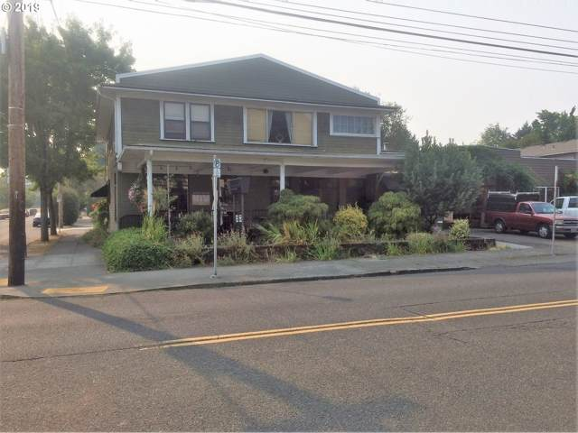 8325 SE 17TH Ave, Portland, OR 97202 (MLS #19492181) :: Gustavo Group