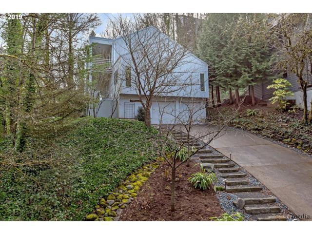 802 SW Terwilliger Pl, Portland, OR 97239 (MLS #19493420) :: McKillion Real Estate Group