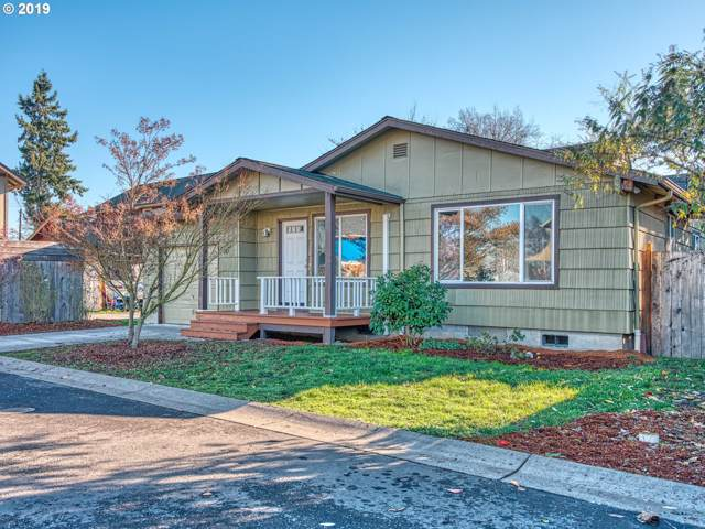 183 35TH St, Springfield, OR 97478 (MLS #19493504) :: The Liu Group
