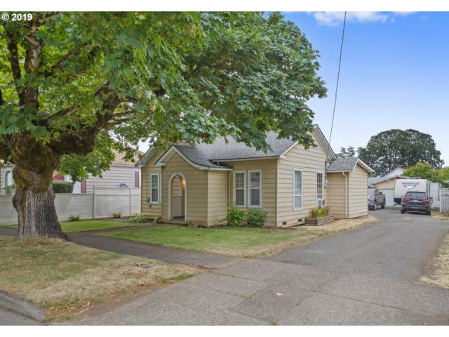 630 SW Levens St, Dallas, OR 97338 (MLS #19494064) :: Matin Real Estate Group