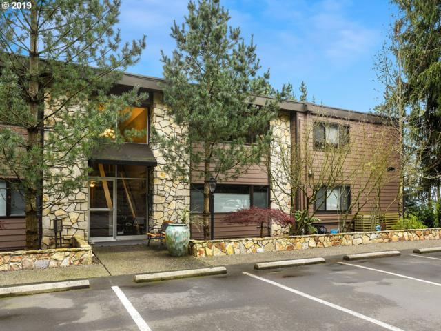 1500 SW Skyline Blvd #18, Portland, OR 97221 (MLS #19494851) :: Matin Real Estate Group