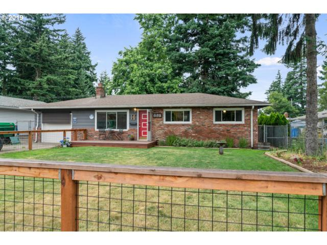 225 NE 183RD Pl, Portland, OR 97230 (MLS #19498821) :: The Liu Group