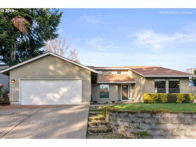 10479 SW Pueblo St, Tualatin, OR 97062 (MLS #19502991) :: Matin Real Estate Group