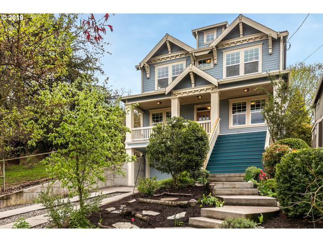 3746 NE Holman St, Portland, OR 97211 (MLS #19502992) :: McKillion Real Estate Group