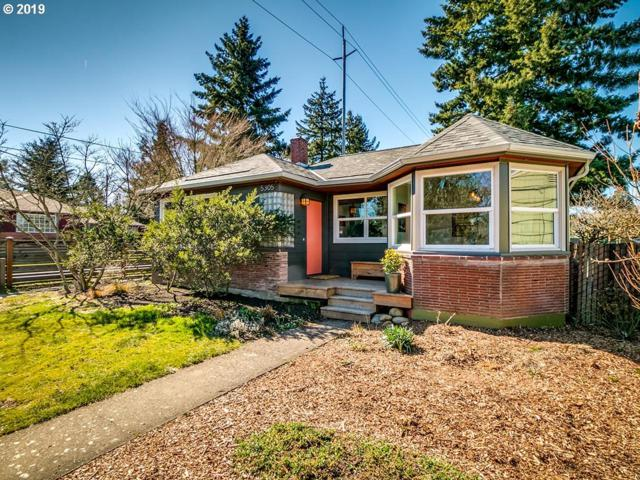 5305 NE 40TH Ave, Portland, OR 97211 (MLS #19503409) :: The Sadle Home Selling Team