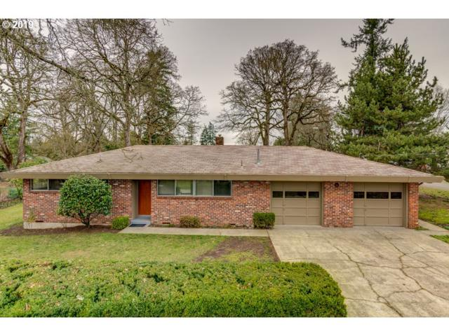 2861 SE Walnut St, Milwaukie, OR 97267 (MLS #19503704) :: Fox Real Estate Group