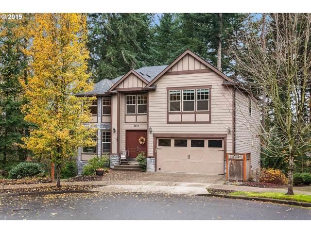 8243 SE Pineridge Ct, Portland, OR 97236 (MLS #19505240) :: Premiere Property Group LLC