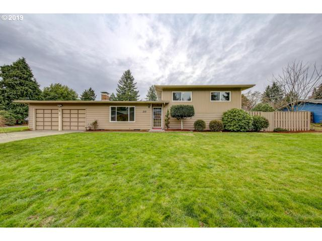 237 SE 111TH Ave, Portland, OR 97216 (MLS #19509603) :: Realty Edge