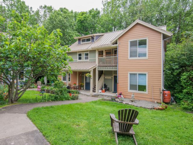 4437 SW 94th Ave, Portland, OR 97210 (MLS #19509778) :: McKillion Real Estate Group