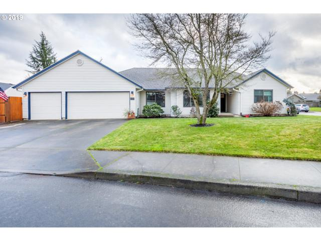 489 NE 16TH Ave, Canby, OR 97013 (MLS #19510396) :: Fox Real Estate Group
