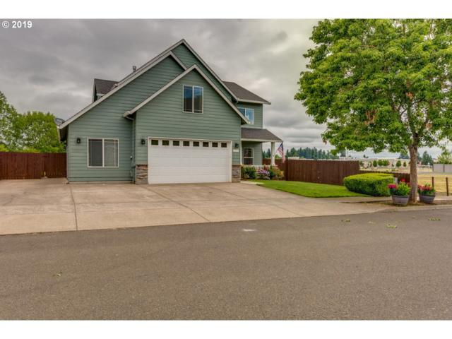 1724 SE 10TH Ave, Canby, OR 97013 (MLS #19510456) :: Premiere Property Group LLC