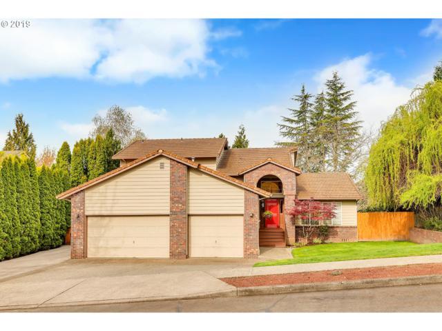 1067 SE Dogwood Ln, Gresham, OR 97080 (MLS #19512294) :: McKillion Real Estate Group