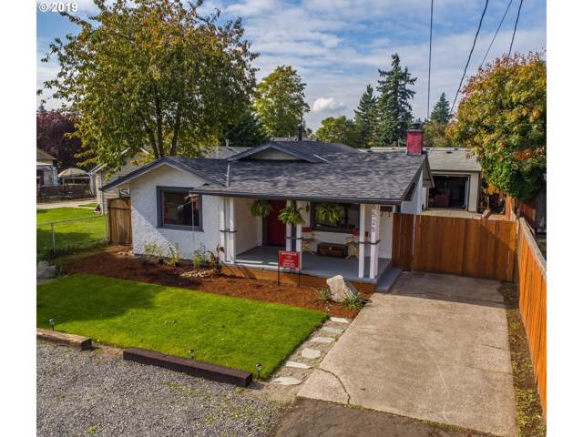 6525 SE 75TH Ave, Portland, OR 97206 (MLS #19513272) :: Song Real Estate