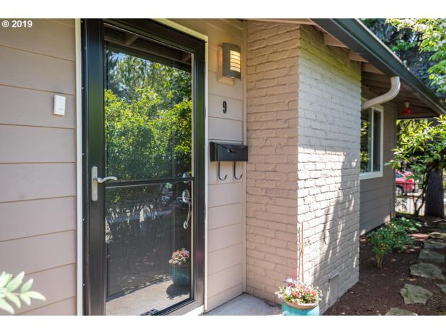 2931 SE Woodward St #9, Portland, OR 97202 (MLS #19513732) :: Cano Real Estate