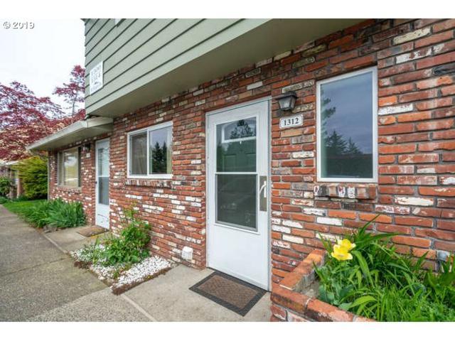1312 NE Hogan Dr, Gresham, OR 97030 (MLS #19514059) :: McKillion Real Estate Group