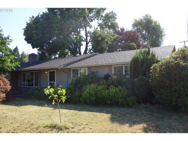 299 Oak Leaf Dr, Eugene, OR 97404 (MLS #19515880) :: Song Real Estate