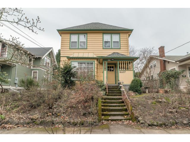 2217 NE 13TH Ave, Portland, OR 97212 (MLS #19519862) :: The Sadle Home Selling Team