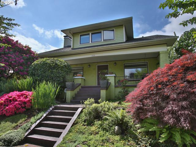 2520 SE Ivon St, Portland, OR 97202 (MLS #19521127) :: Townsend Jarvis Group Real Estate