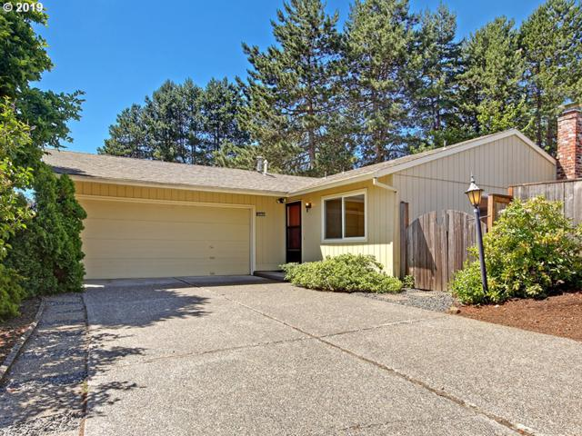 15900 SW Oak Meadow Ln, Tigard, OR 97224 (MLS #19524714) :: Matin Real Estate Group