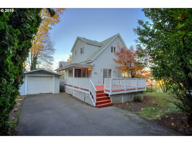 3833 SW View Point Ter, Portland, OR 97239 (MLS #19527086) :: Homehelper Consultants