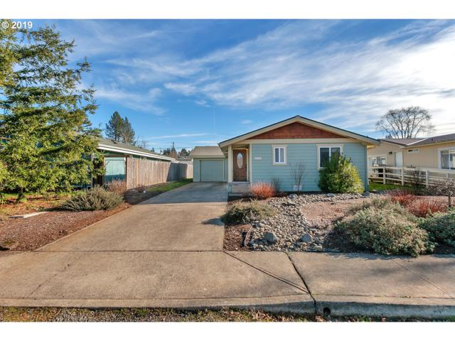 480 NW Zobrist St, Estacada, OR 97023 (MLS #19528091) :: TLK Group Properties