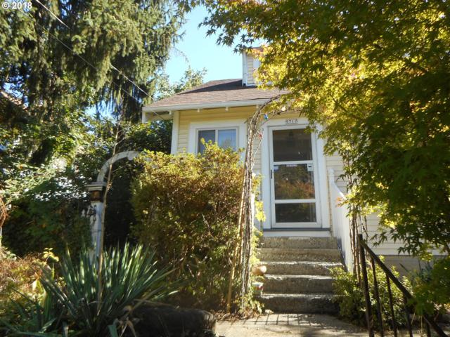 9717 N Smith St, Portland, OR 97203 (MLS #19528195) :: McKillion Real Estate Group